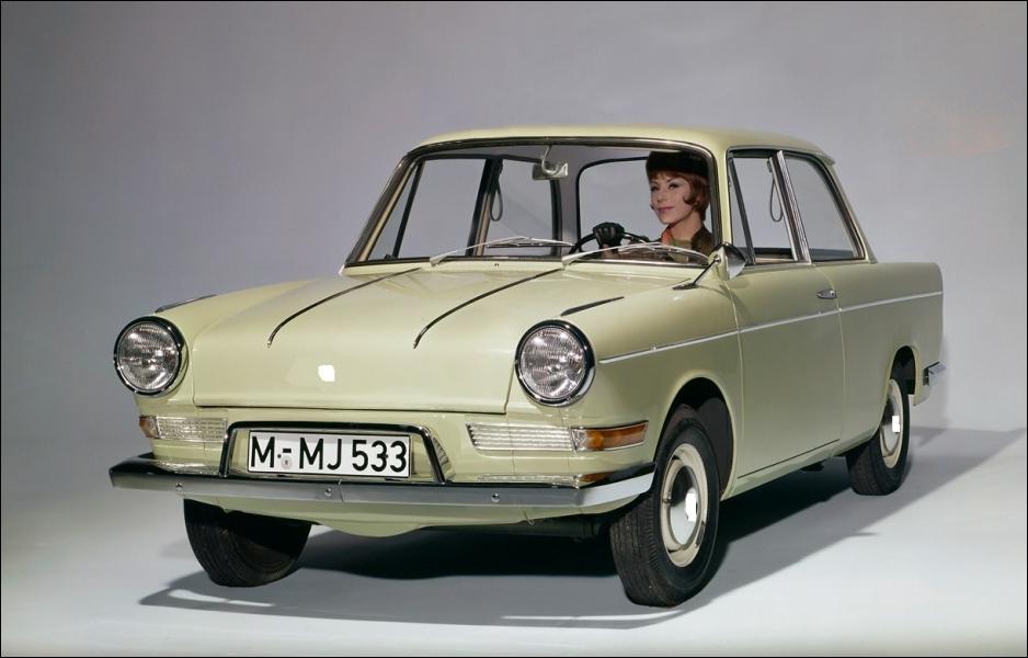 Quelle est cette petite auto qui, à l'époque, a sauvé de la faillite son constructeur ?