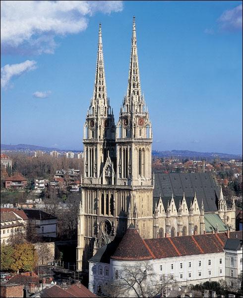De quelle ville cette cathédrale est le symbole ?