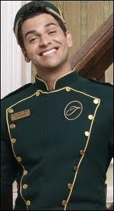 Quel est le nom complet d'Esteban ?