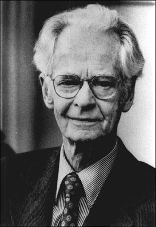Comment s'appelle ce psychologue dont les théories béhavioristes ont fortement influencé les méthodes d'apprentissage des langues ?