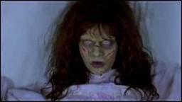 Dans lequel des  Scary Movie  voit-on une personne exorcisée ?