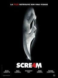 Où se fait poignarder Gale Weathers Riley dans  Scream 4  ?