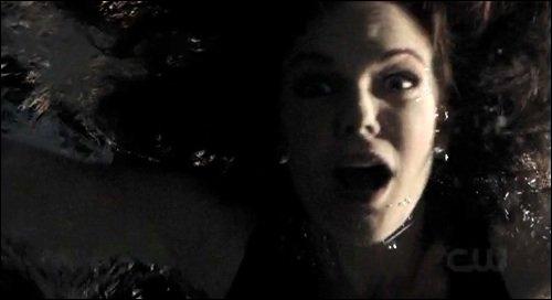 Pourquoi Klaus a-t-il tué Carole Lockwood ?