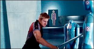 Quel surnom Cato donne-t-il à Peeta Mellark ?