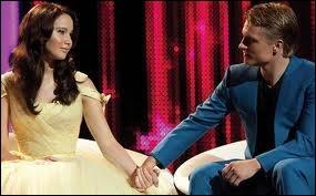 Quel âge a Katniss ?