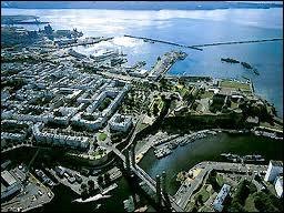 [Villes] Laquelle de ces villes bretonnes n'est pas une préfecture ? (une seule réponse vraie)
