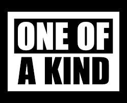 Qui a sorti l'album  One Of A Kind  ?