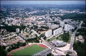 Quel département correspond à la ville de Mérignac ?