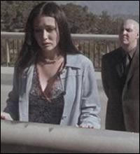 16 -  Mauvais sort . Qui libère Maggie d'un être des ténèbres ?