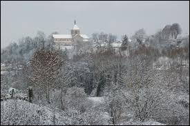 L'image représente la ville de Sainte-Menehould sous la neige. Attribuez-lui sa région :