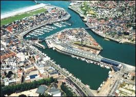 Voici une vue aérienne de la station balnéaire de Dieppe. Quelle est sa région ?