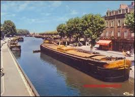 Où situez-vous Montceau-les-Mines et son canal ?