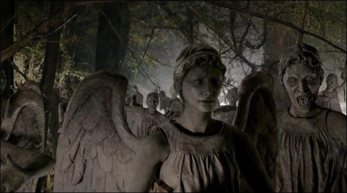 Il y avait une armée d'Anges pleureurs dans le  Labyrinthe de la Vie  :