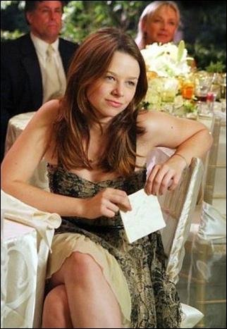 Qui interprète le rôle de Danielle Van de Kamp ?