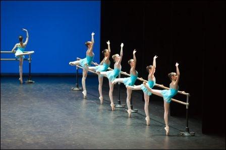 Comment s'appellent les jeunes danseuses de l'Opéra de Paris ?
