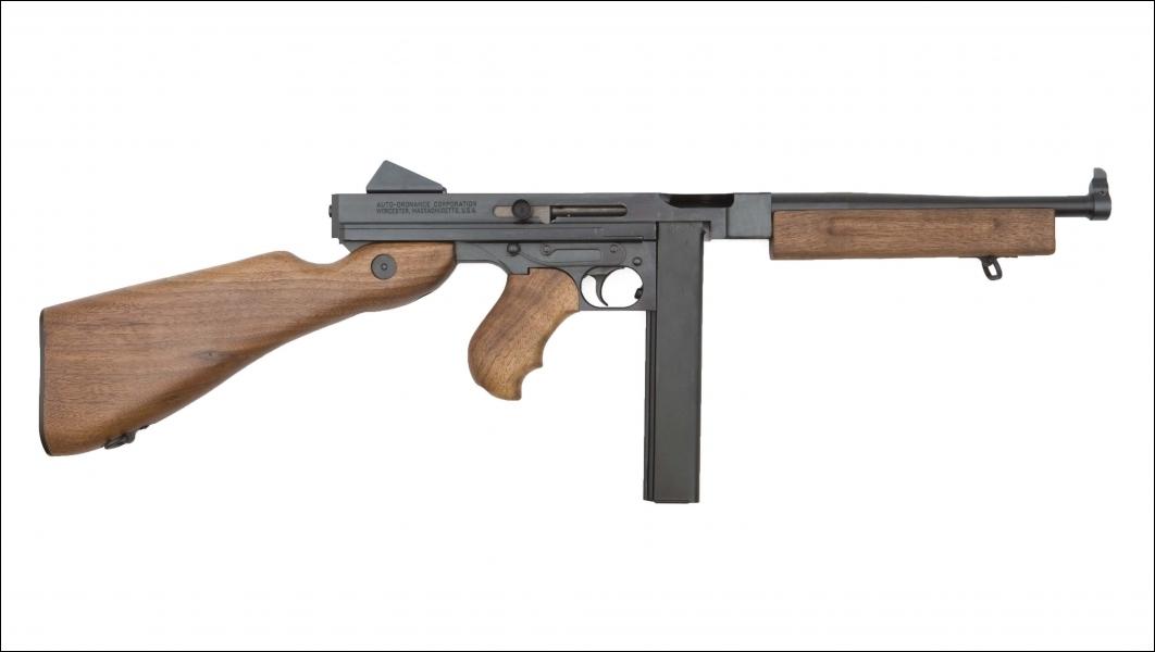 Arme utilisée par de nombreux mafieux, elle a aussi servi pendant le conflit le plus meurtrier de l'Histoire moderne. Qui est-elle ?