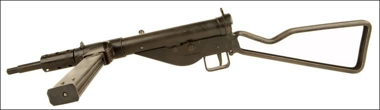 L'armée britannique a parachuté cette arme pour les résistants français : ces derniers n'ayant rien pour se battre. Mais de quelle arme s'agit-il ?
