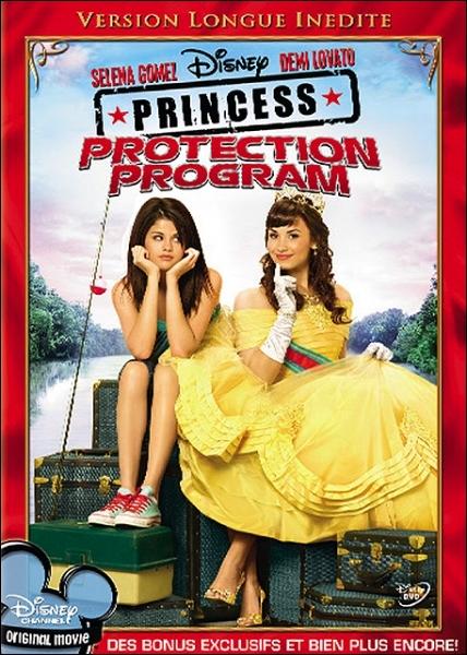 Qui joue dans  Princess Protection Program : mission Rosalinda  ?