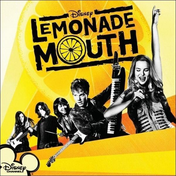 Qui joue dans  Lemonade Mouth  et  Bonne Chance Charlie  ?