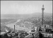 La tour de Fourvière, à Lyon, est dûe également à Gustave Eiffel.
