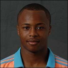 Comment s'appelle cet attaquant ghanéen ?