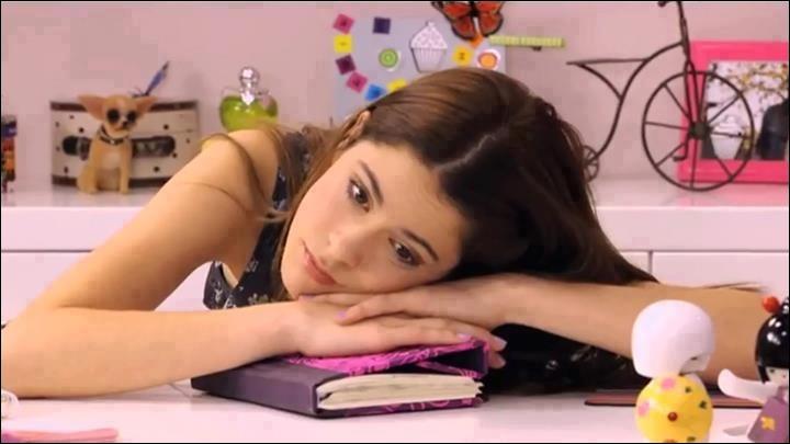 Pourquoi Violetta est-elle si triste ?