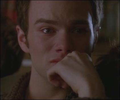 Saison 4 épisode 15 - Pourquoi Kurt pleure-t-il à la fin de la chanson ?