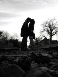 Retiens la nuit pour nous deux jusqu'à la fin du monde ...