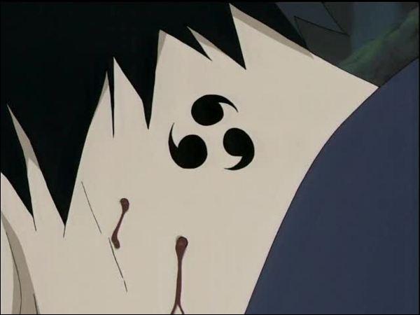 Qui a mordu Sasuke à la gorge ?