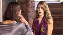 Pourquoi Jade n'aime-t-elle pas Angie ?