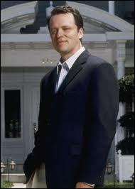 Qui interprète le rôle de Rex Van de Camp ?