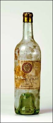 Selon les mots de Frédéric Dard, le Château d'Yquem c'est  de la lumière bue . On dira de ce vin que c'est un vin...