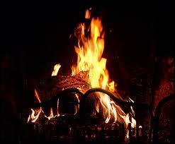 Ce n'était rien qu'un feu de bois mais il m'avait chauffé le corps, et dans mon âme il brûle encore...