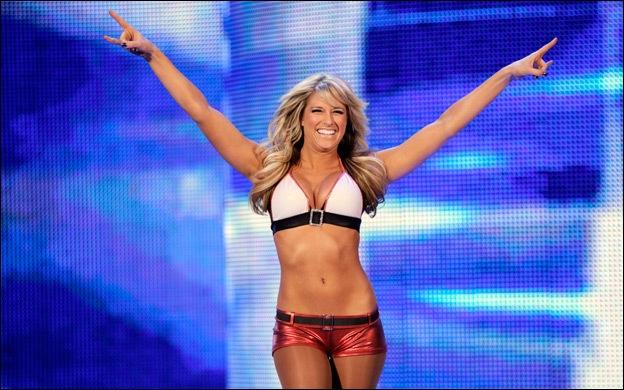 Aujourd'hui, le catcheur le plus léger est une Diva, Kelly Kelly.