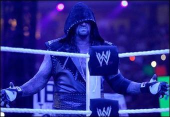 Aujourd'hui, le catcheur le plus âgé est The Undertaker.