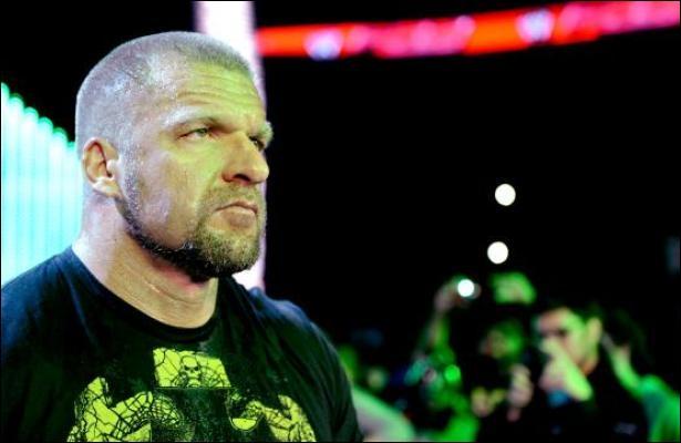 Aujourd'hui, le catcheur le plus titré est Triple H.