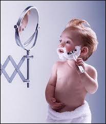 Pour un ado, être suffisamment mûr pour réaliser une action d'homme, c'est avoir du poil ----