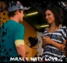Que fait Maxi avec le téléphone de Nata ?