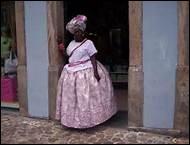 En 1500, Pedro Álvares Cabral en découvrit les côtes. Allez danser la samba et vous régaler d'une feijoada dans une chaude atmosphère.