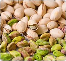 L'anagramme du nom de ce fruit sec, consommé cru ou grillé, est un synonyme de :