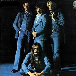 Quel groupe a sorti l'album studio  Blue For You  ?