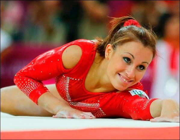 Quelle est cette gymnaste italienne ?