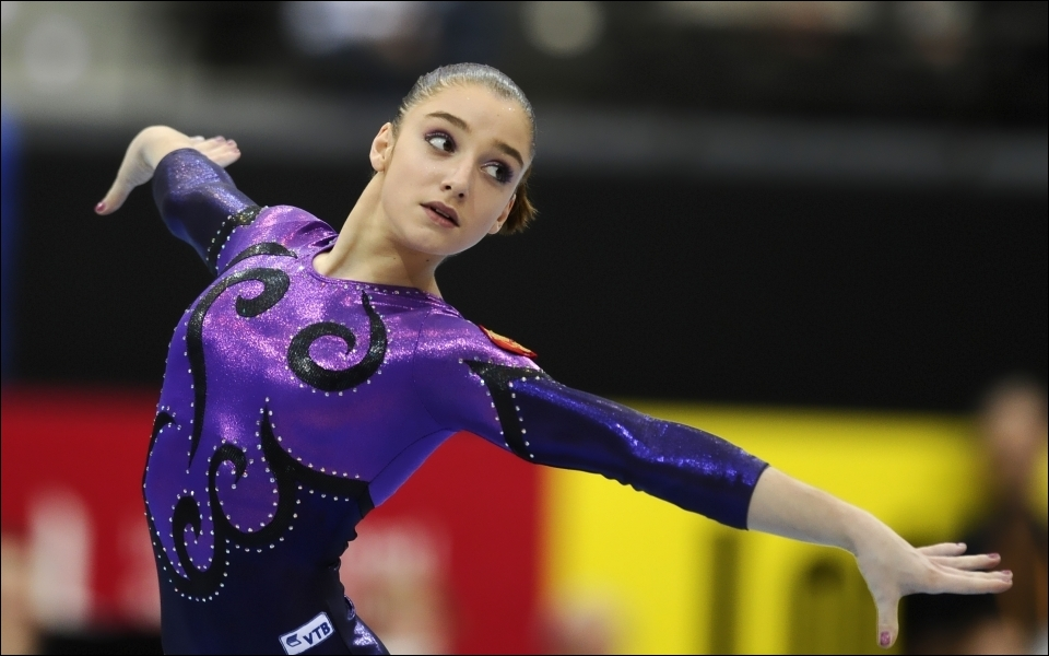 Quelle est cette gymnaste russe ?