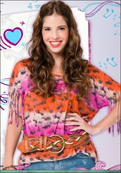 Comment s'appelle l'actrice qui interprète Camila ?