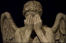 En face d'un ange, qu'est-ce qu'il ne faut pas faire ?