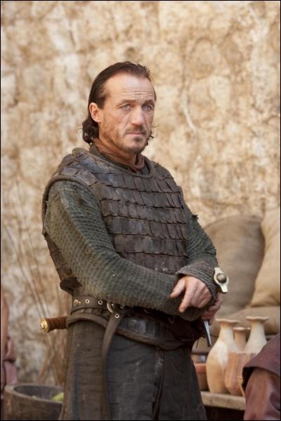 Pourquoi Bronn aide-t-il Tyrion au val d'Arryn ?