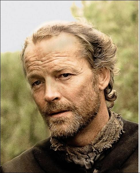 Pourquoi Jorah Mormont a-t-il été exilé par Eddard Stark ?