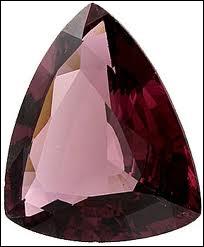 Silicate de zirconium rouge, quelle est cette pierre ?