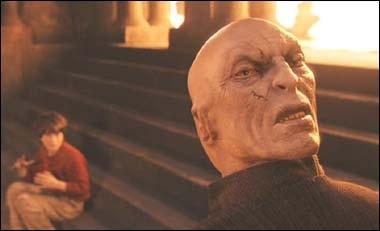 En allant à Poudlard, que voulait Voldemort ?