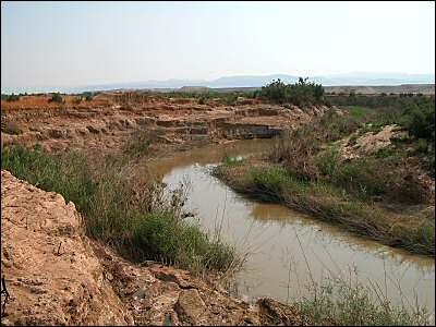 Quel cours d'eau ne se jette pas dans la Méditerranée ?